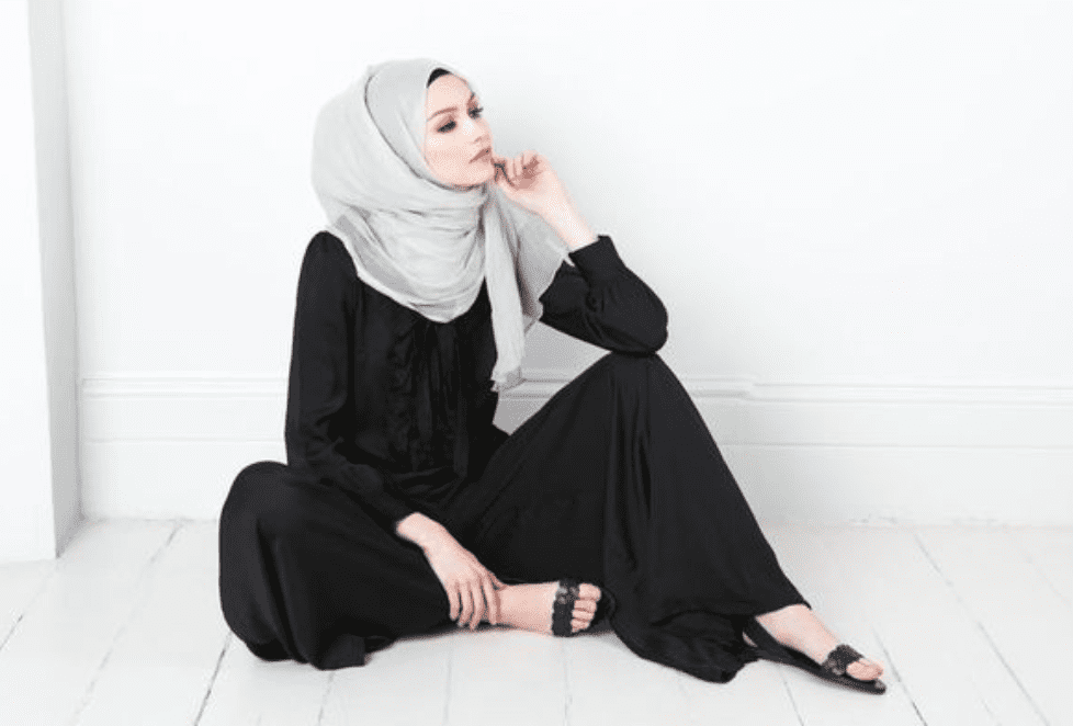 Aab joins up with British Store Debenhams to sell hijabs and modest fashion range